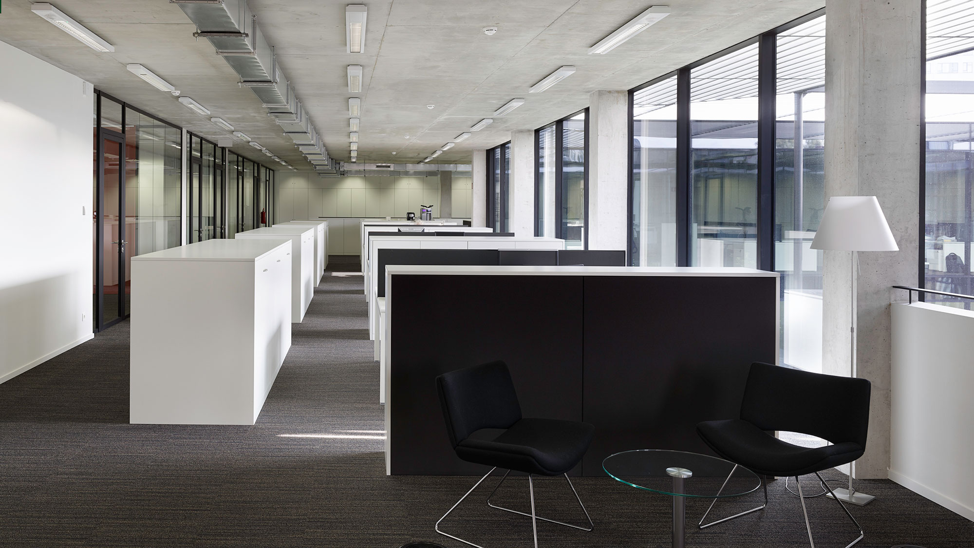 ab interieur kantoor stoelen